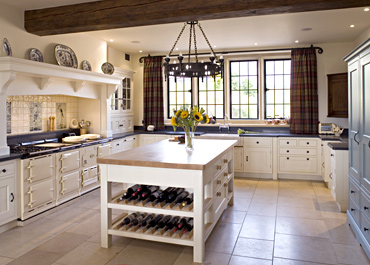 Northamptonshire Manor Freestanding Kitchen & Island